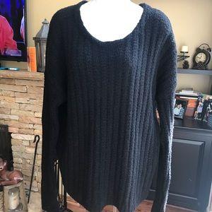GAP Black Scoop Neck Long Sleeve Sweater